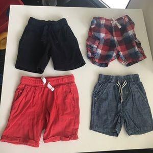 Boys shorts size 2-3T